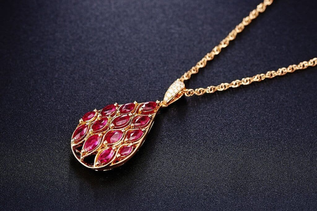 A quick guide on how to tell if a ruby is real – Jewelry Guide
