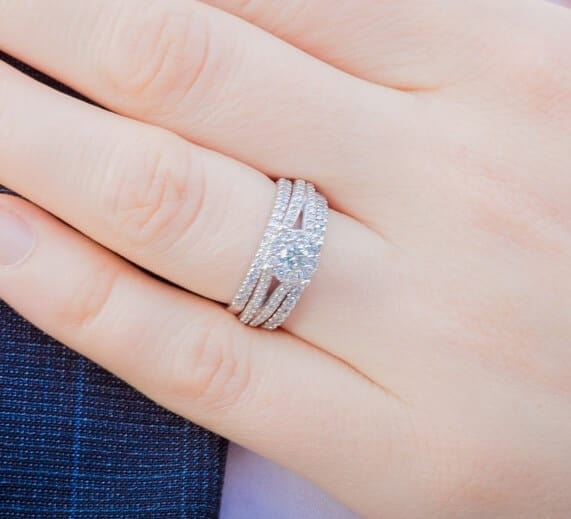 How To Choose A Wedding Ring That Complements Your Engagement Ring Jewelry Guide