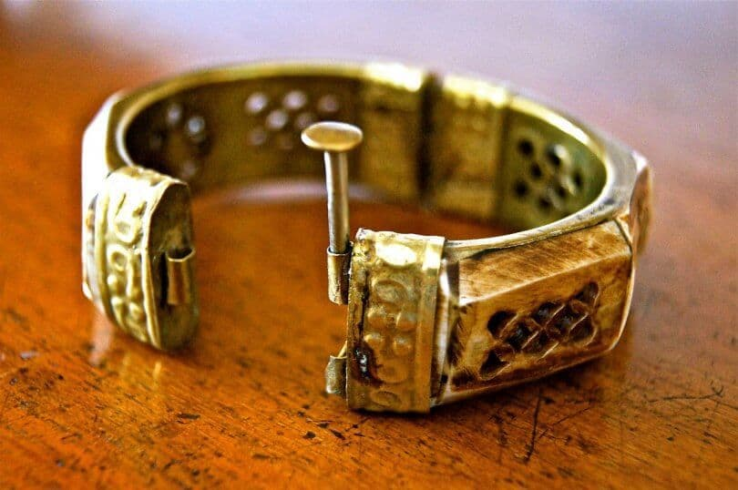 What is Brass Jewelry? – Jewelry Guide